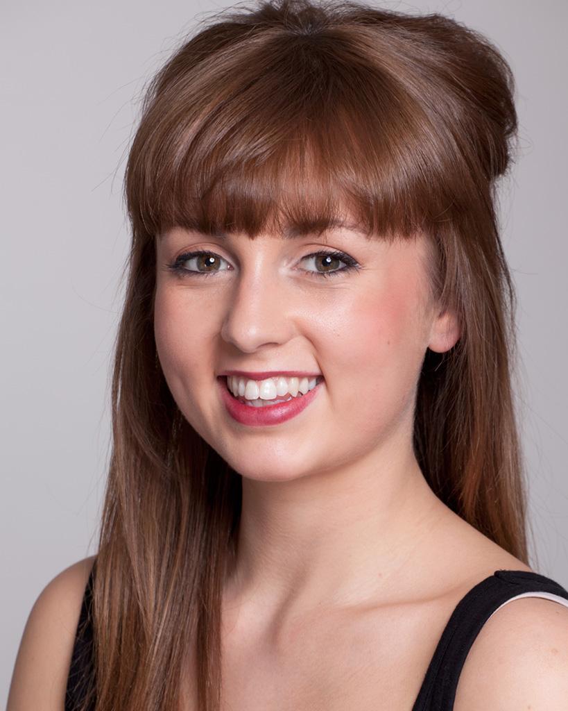 Claire Darcy - Ensemble