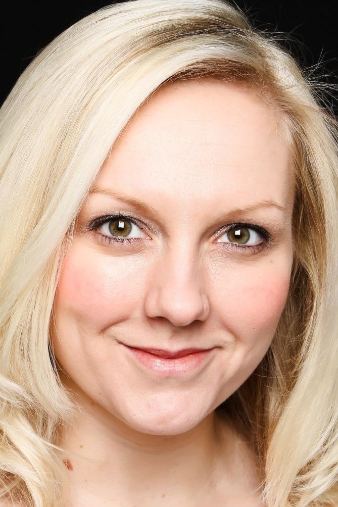 Justine E Bailey