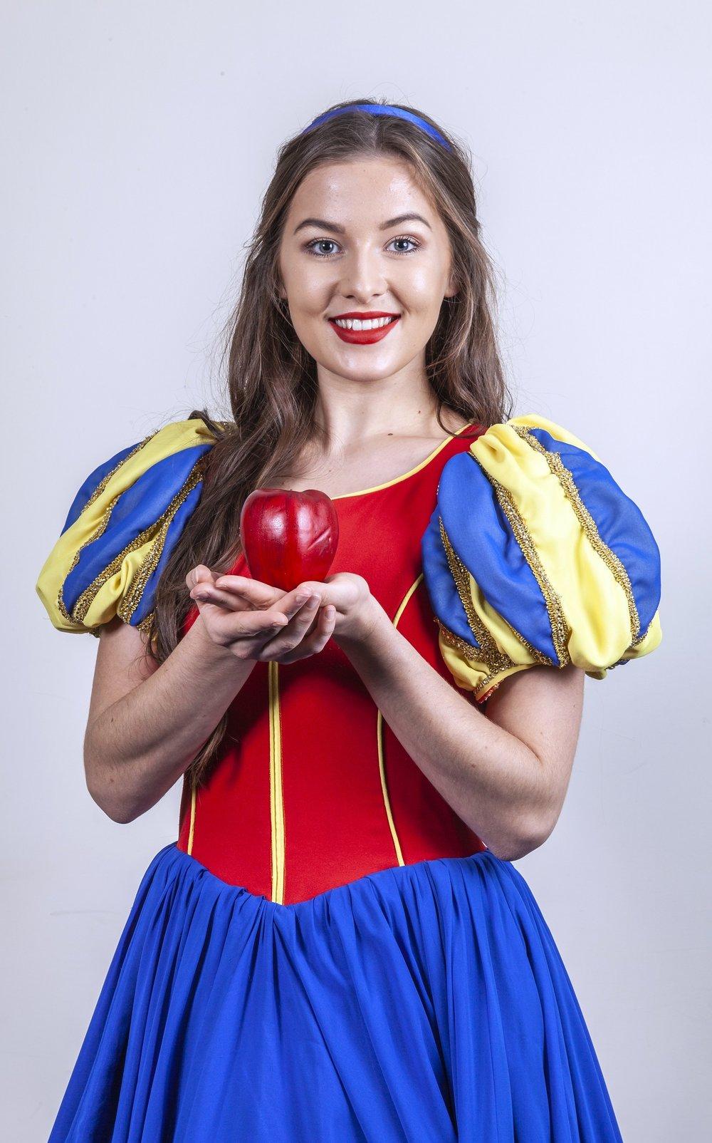 Leamington Snow White-9649 - Copy.jpg