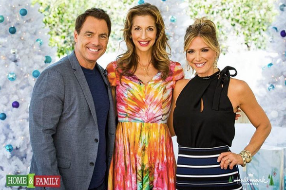 Orange Is the New Black 's star  Alysia Reiner  is summer ready in a beautiful dress by our Brilliant Nigerian designer  Amede  while promoting her latest project on the  Hallmark Channel USA . Styled by  Ivan Bitton Style House 's very own Pamela I. Emmanuel  and  #liannaalleya   #TeamBitton  Fashion Provided By  #IvanBittonStyleHouse