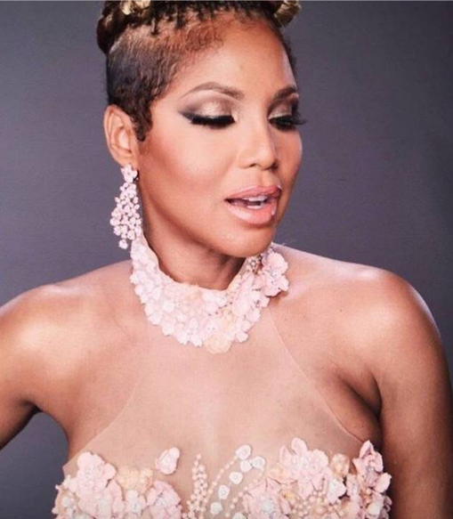 BREAKING NEWS: Superstar  Toni Braxton  shooting a press editorial featuring a dress from our designer  ZOAN ASH  from Bangladesh and jewerly from our American designer  Toni Braxton . Styled by @Ashley Sean Thomas. Fashion Provided by  #IvanBittonStyleHouse