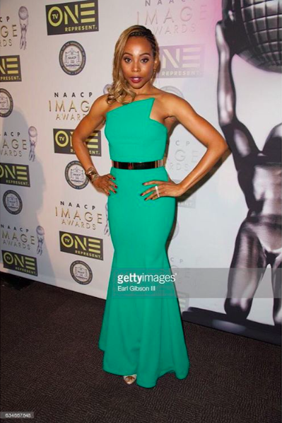 Movie star ⭐️  @theericaash  arrive to the prestigious  @naacpimageawards  red carpet wearing our designers ✨ #dress  &  #jewelry  made by our American 🇺🇸designers  @nicolebakti  @sambacjewelry  fashion provided by  #ivanbittonstylehouse  styled by celebrity stylist  @tgatiffanystylist  ⭐️👑 #whatsheiswearing  #pr  #ash  #grammys  #image  #awards  #hostin  #event  #glam  #bittonstylehouse  #oot  #glam  #jewlery  #actress  #styling  #fame  #celebrity  #urvan  #pop  #press  #tmz  #naacp