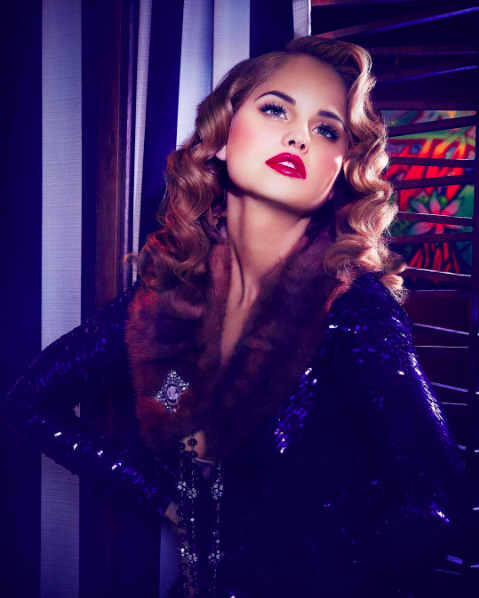 Stunning ⭐️️actress  @disney  superstar  @debbyryan  slay this fashion editorial for  @blackchalkmagazine  wearing our designers ✨ #jumpsuit  made by our designer from Germany 🇩🇪  @marcellvonberlin  fashion provided by  #ivanbittonstylehouse  styled by  @michaelstmichael  #debbyryan  #barney  #celebrity  #fashiondesigner
