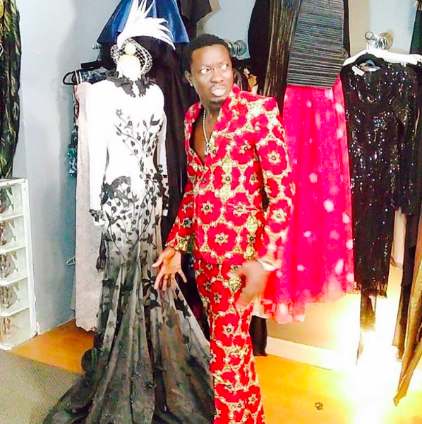 America's favorite comedian  @michaelblackson  in the House!! Standing next a dress from our Costa Rican designer  @robchamaeleo  that took 1400 hours to make!  #ivanbittonstylehouse  #fresh   @dariusmccrary