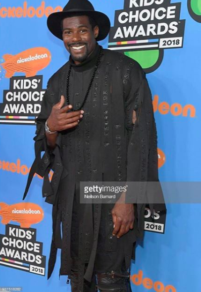 Like  Comment  Save    182 likes    ivanbittonstylehouse Spotted  @nickelodeon  star  @bigshelbailey  rocking our designer  @crossforgod  at the  #kidchoiceawards  red carpet styled by  #teambitton   @mia.nojo  fashion provided by  #ivanbittonstylehouse
