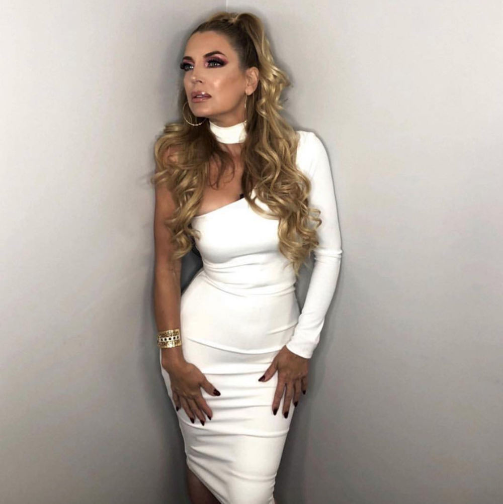 Spotted! Latin reality tv queen  @sandravidalla  from  @canalestrellatv  hit show  @rflatinatv  'Rica Famosa Latina' wearing our designer  @halebob_official  managed by  @danrealfilms  Styled by  #teambitton  @nscobz  Fashion provided by  #ivanbittonstylehouse