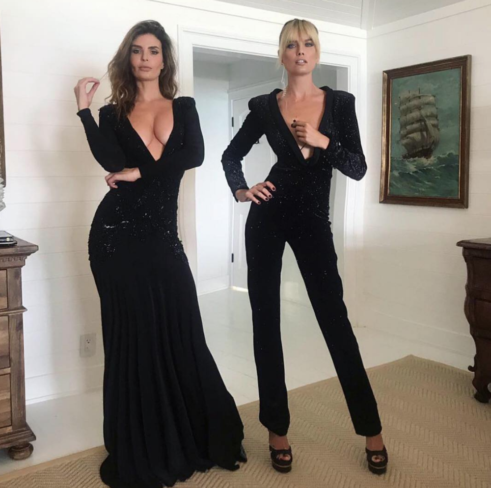 #bts  with Supermodels from  @guess   @julialescova and  @eugeniakuzmina  wearing our fabulous fashion designer from Australia 🇦🇺  @aelkemi_inc  managed by  @a.us_official  styled by  @elenanazaroff photo by  @rex.shooter  fashion provided by  #ivanbittonstylehouse