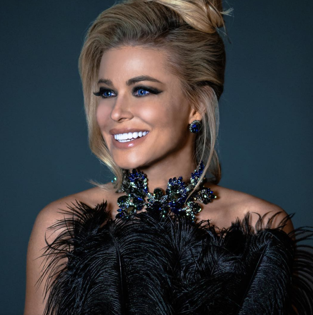 Spotted! Iconic American beauty  @carmenelectra  wearing a feather top by our designer  @deviantlavie and jewelry by our designer  @baroqcojewelry  for  @vilacto  Styled and fashion provided by  #ivanbittonstylehouse