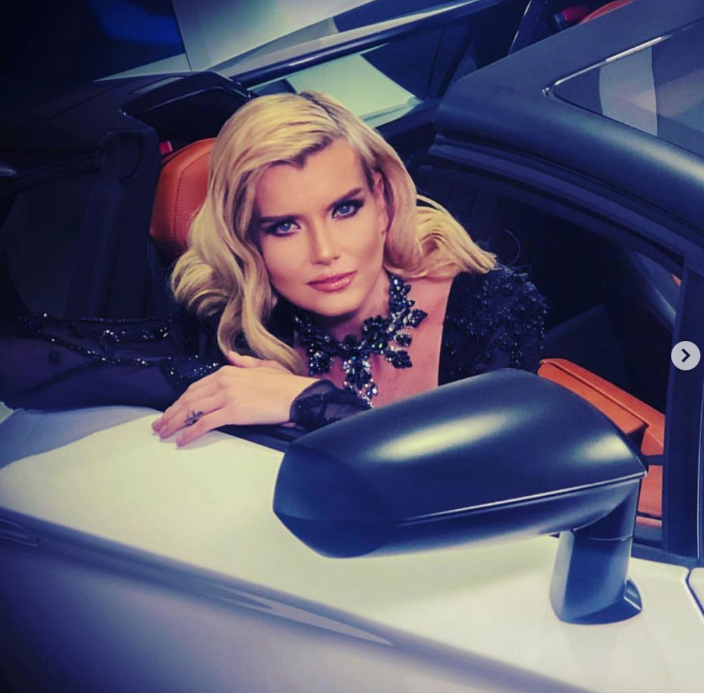 #bts  advertising campaign  @lamborghini  @lamborghinibeverlyhills  with Supermodel  @eugeniakuzmina  wearing our designers  @jontedesigns   @jessebelleboutique  @aida.novosel   @baroqcojewelry  @aelkemi_inc   @rougebyroojamir  Produced by  @aarongomezp  Styled and fashion provided by  #ivanbittonstylehouse