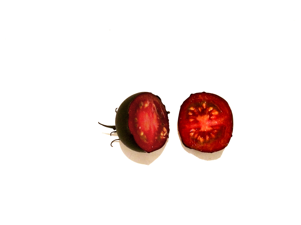 Tomato_cut_web.jpg