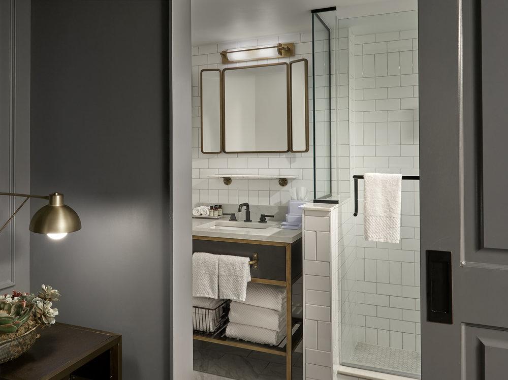 Hotel Phillips_Guestroom_ King Deluxe Bathroom_Hotel Phillips Photo Credit.jpg