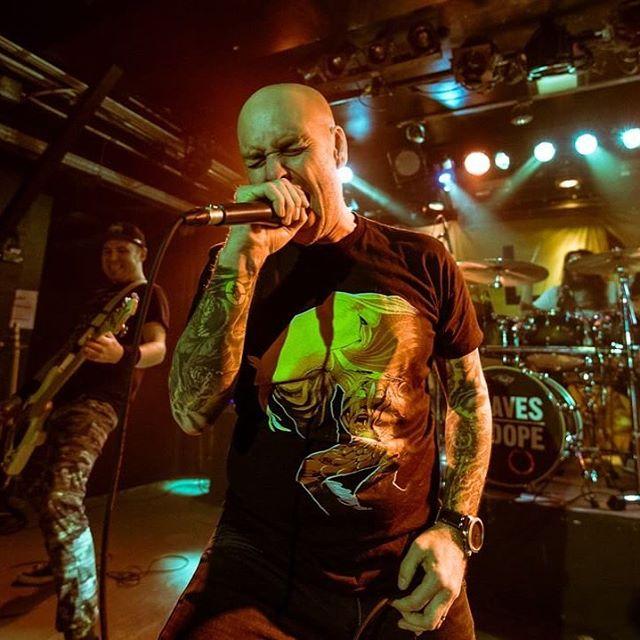 @sakuhabs making us look good. #metal #gig #show #live