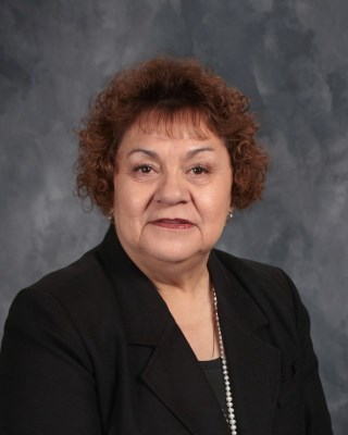 Mrs. Lorerita Quesada (Mrs. Q.) 4th and 5th Grade Teacher - lorerita.quesada@solanochristianacademy.org