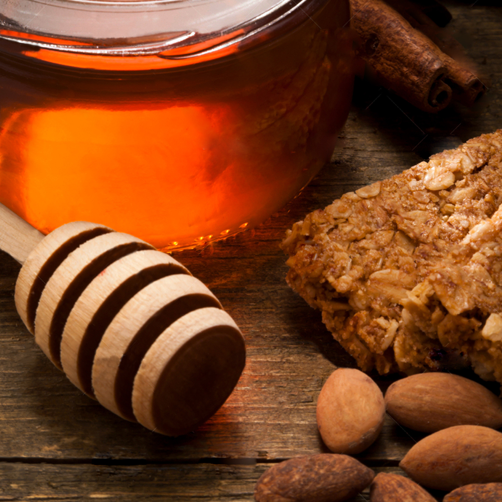 Honey Almond:Soothing honey, oatmeal and almond notes make one of our most popular fragrances.