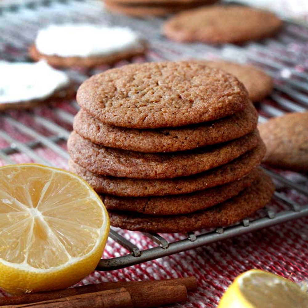 Lemon Ginger Snap  : A soft combination of lemon and ginger, yum!
