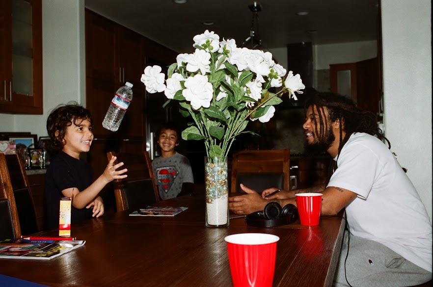 Takai bottle flipping, Tayvian, and Myke