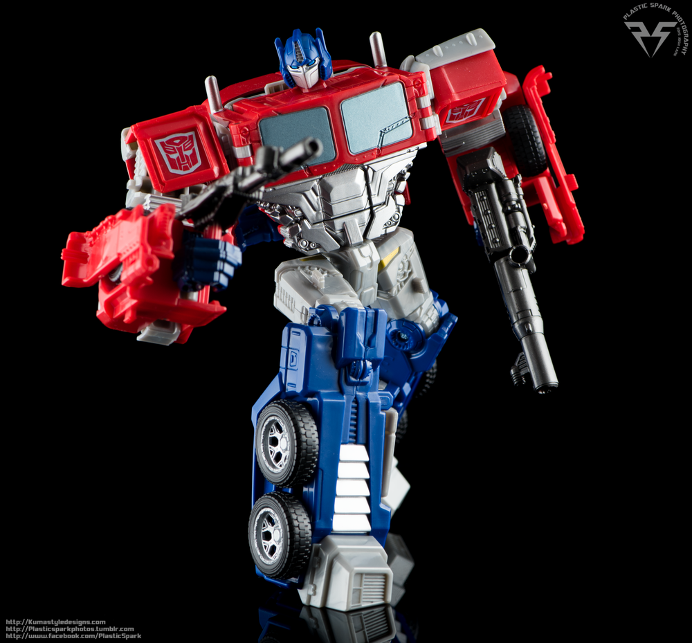 Combiner-Wars-Optimus-Prime-(3-of-19).png