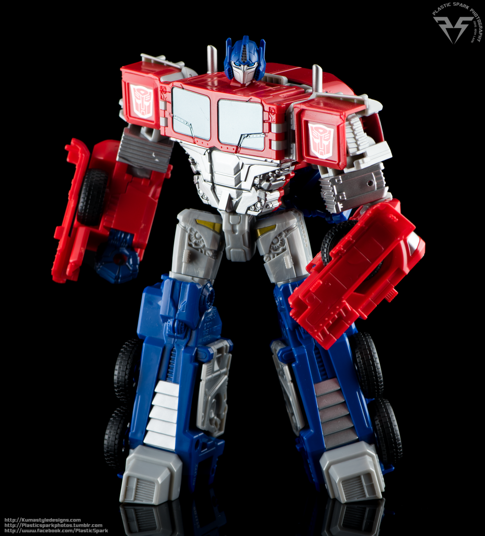 Combiner-Wars-Optimus-Prime-(4-of-19).png