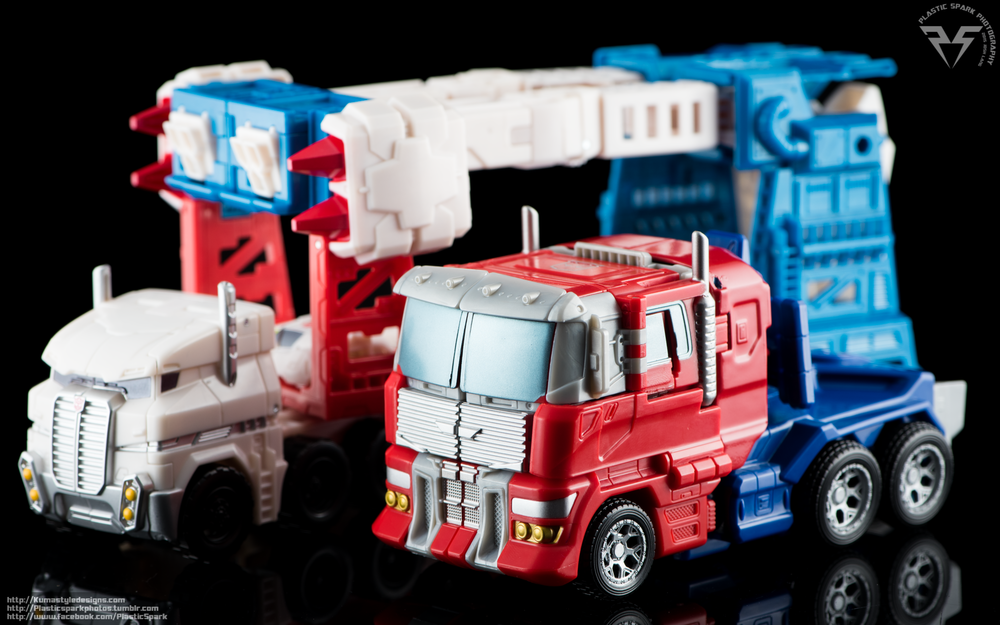 Combiner-Wars-Optimus-Prime-(8-of-19).png