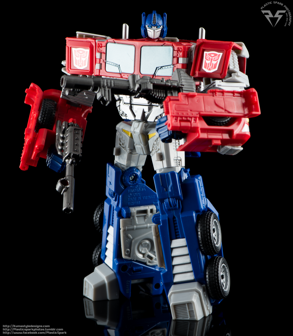 Kuma-Combiner-Wars-Optimus-(12-of-19)