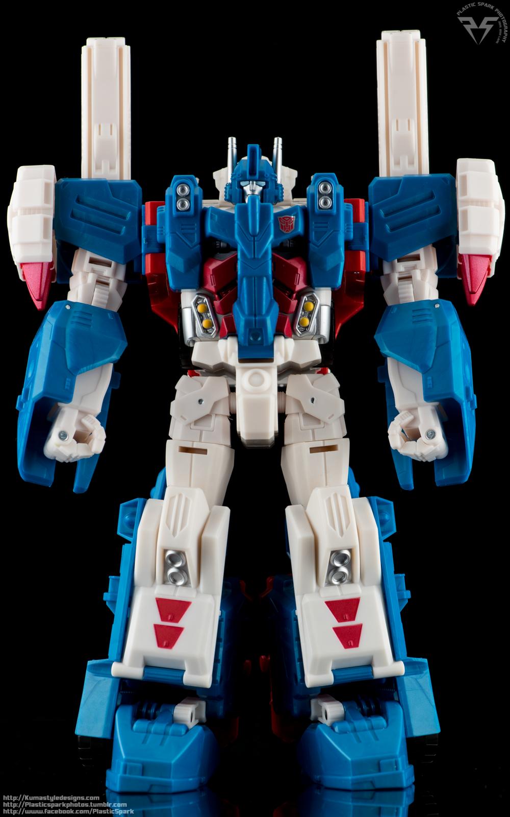 Combiner-Wars-Ultra-Magnus-(7-of-13).png