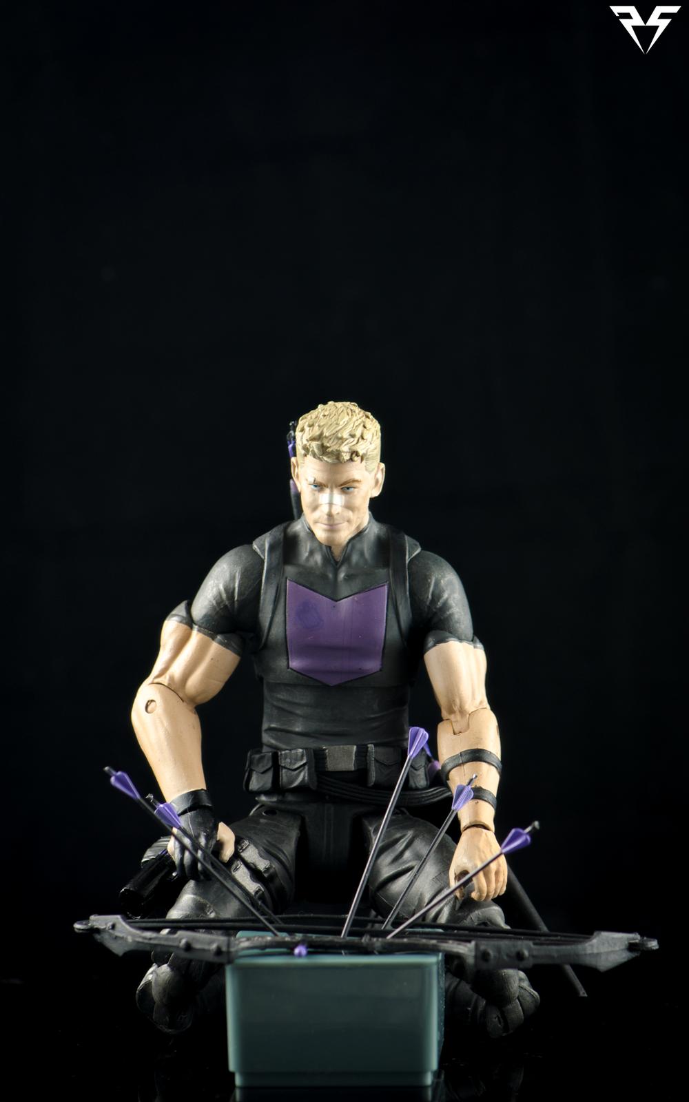 Hawkeye-Kneeling.png