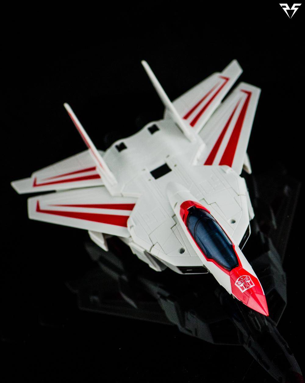 Jetfire-dive.jpg
