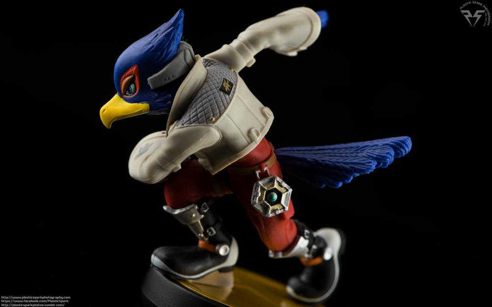 Amiibo-Fox-and-Falco-(6-of-6).png