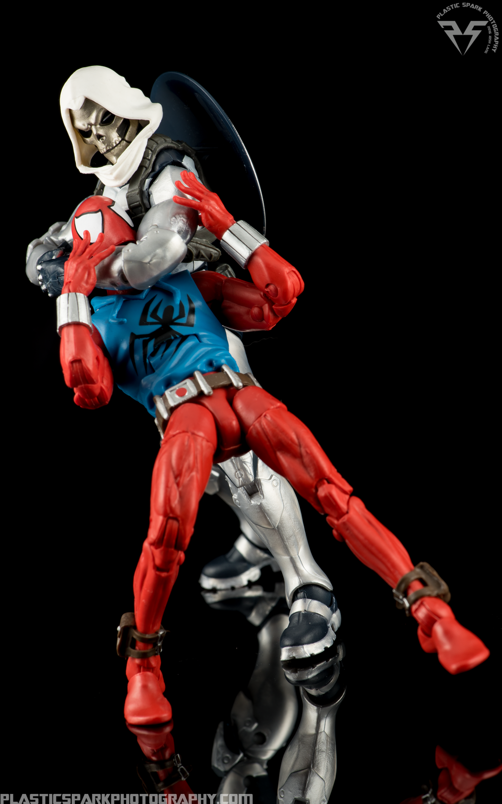 Marvel-Legends-Scarlet-Spider-(11-of-11).png