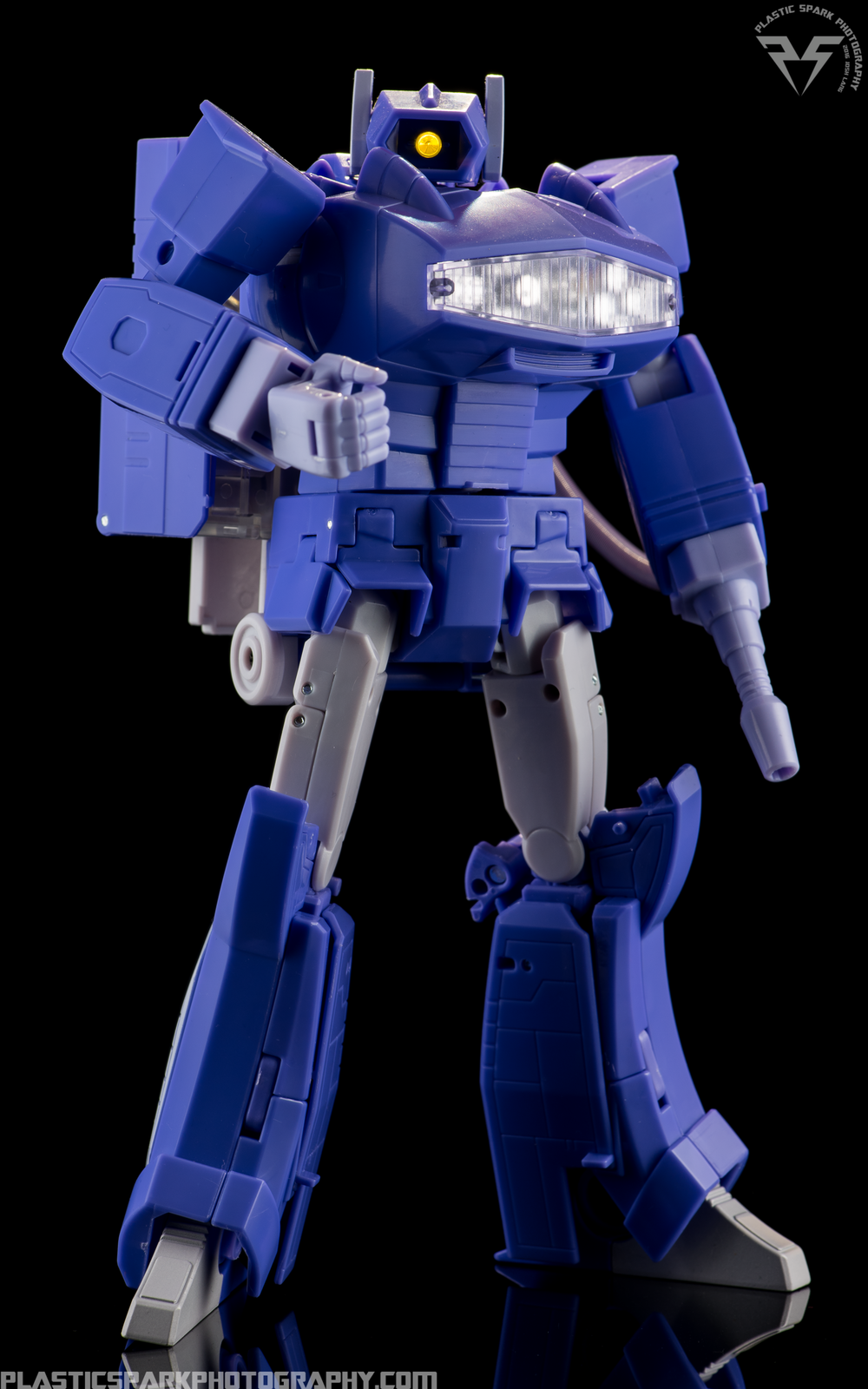 MP-29-Masterpiece-Shockwave-(1-of-21).png