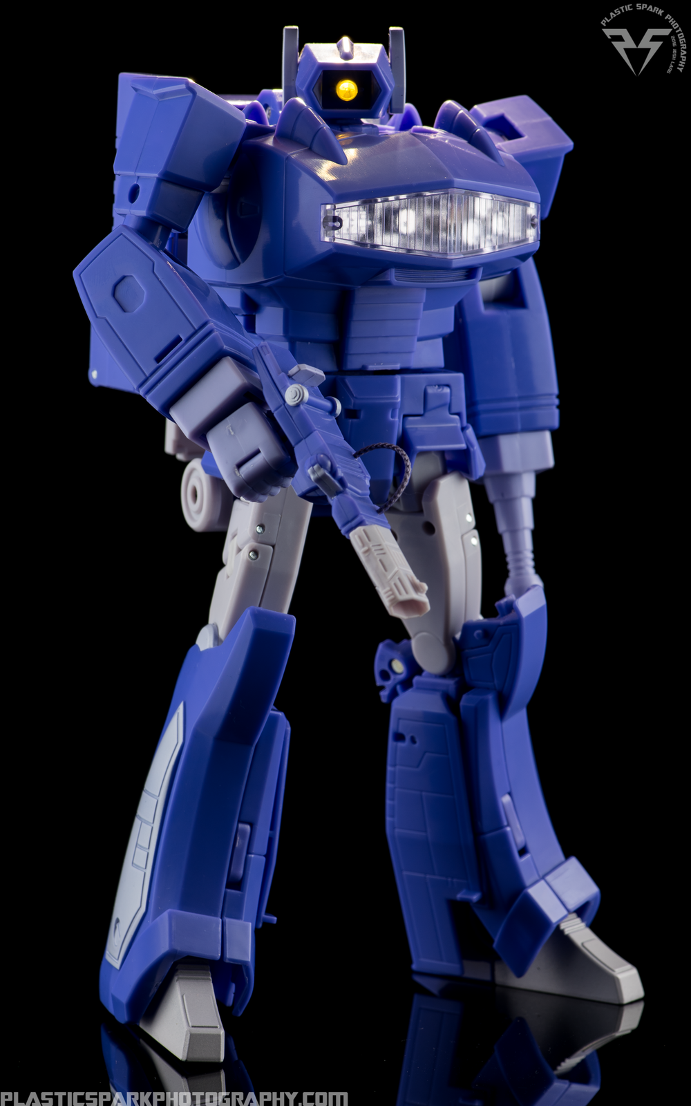 MP-29-Masterpiece-Shockwave-(10-of-21).png
