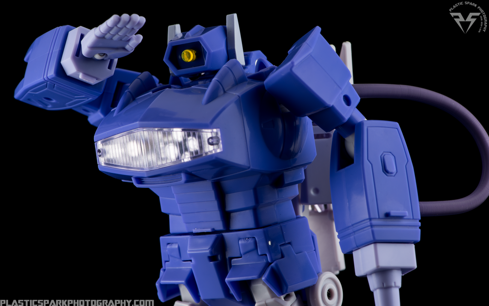MP-29-Masterpiece-Shockwave-(16-of-21).png