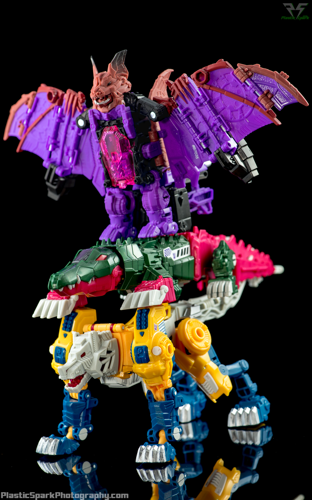 Titans-Return-Decepticon-Headmasters-(2-of-3).png