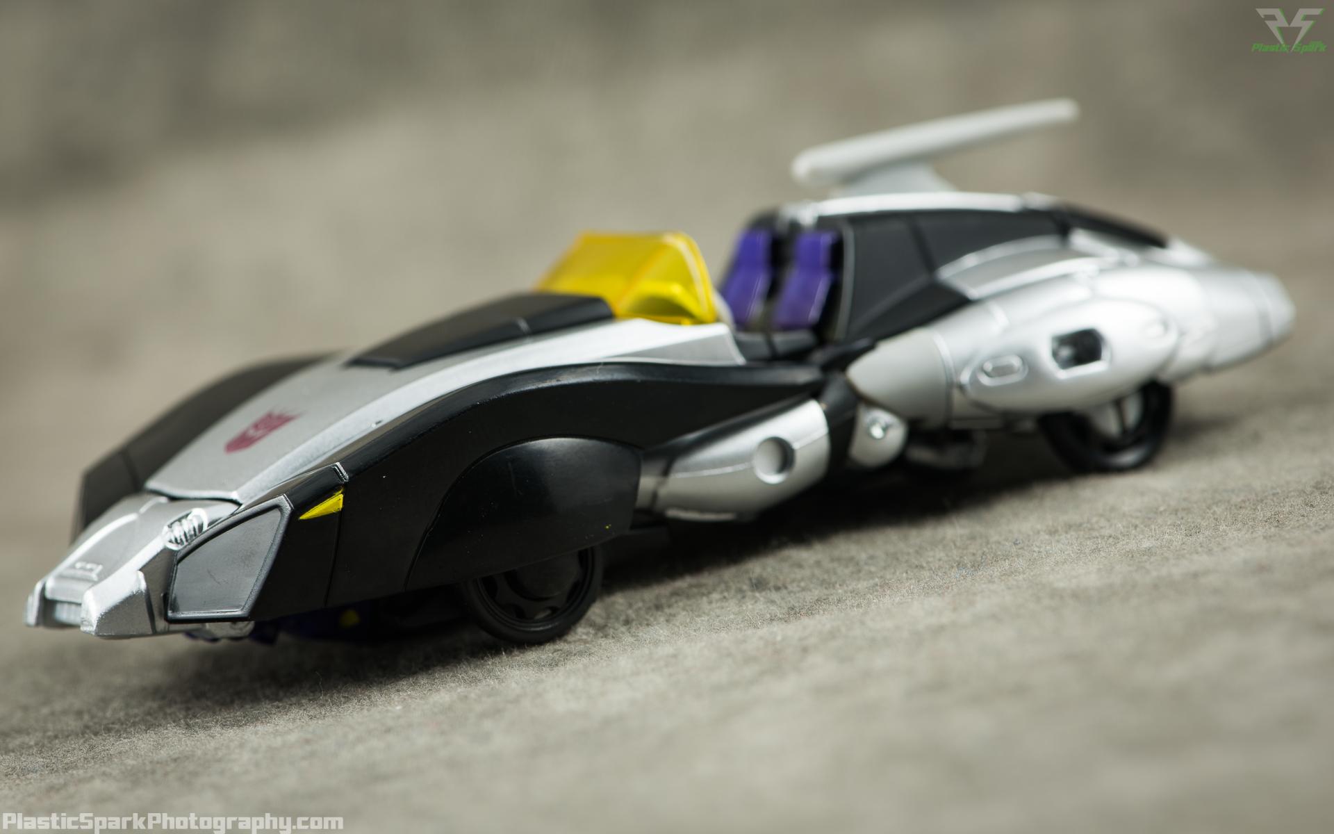 Takara-LG15-Nightbird-Shadow-(1-of-11).png