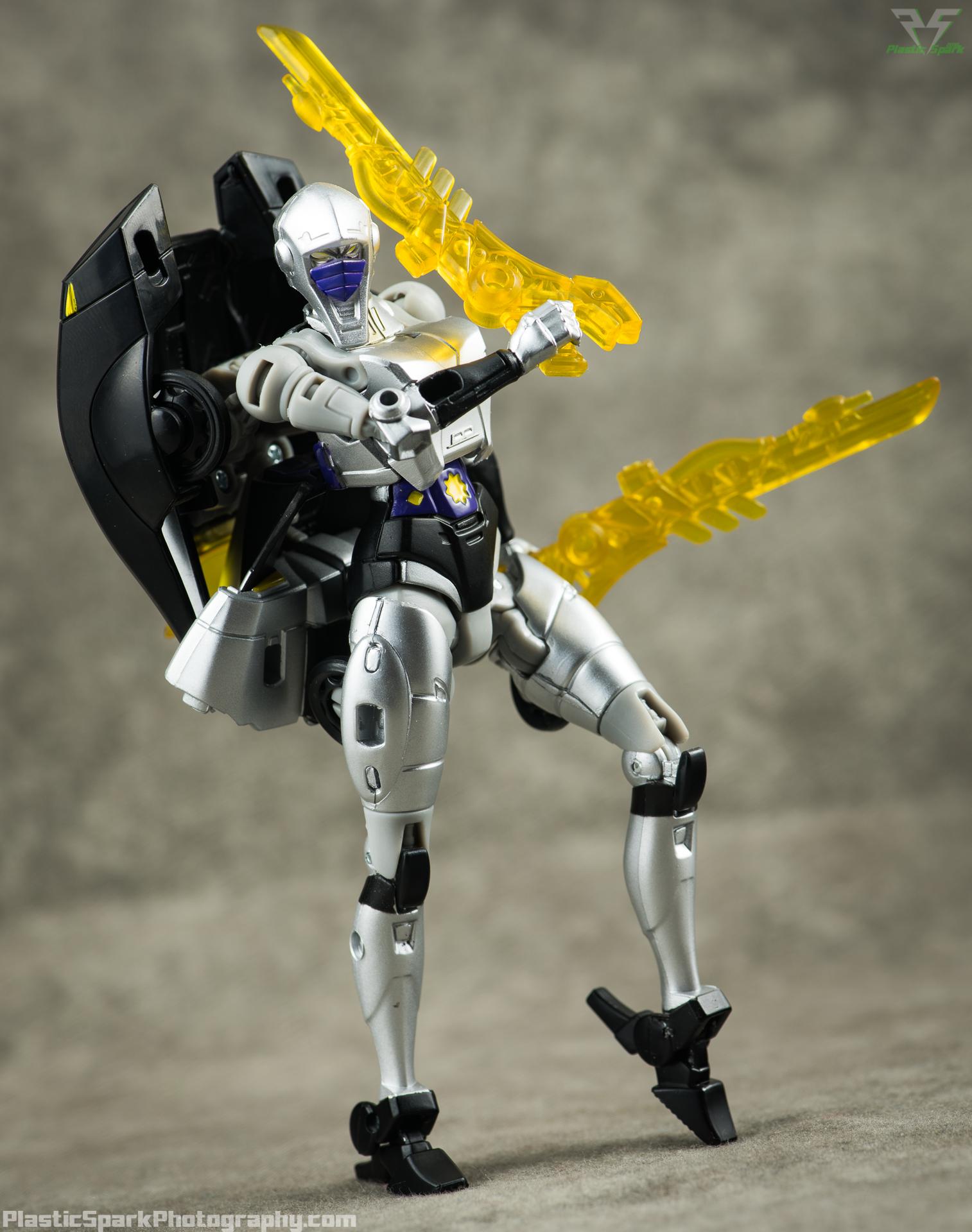 Takara-LG15-Nightbird-Shadow-(6-of-11).png