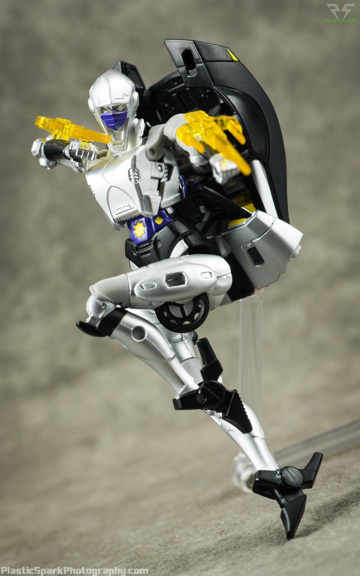 Takara-LG15-Nightbird-Shadow-(8-of-11).png