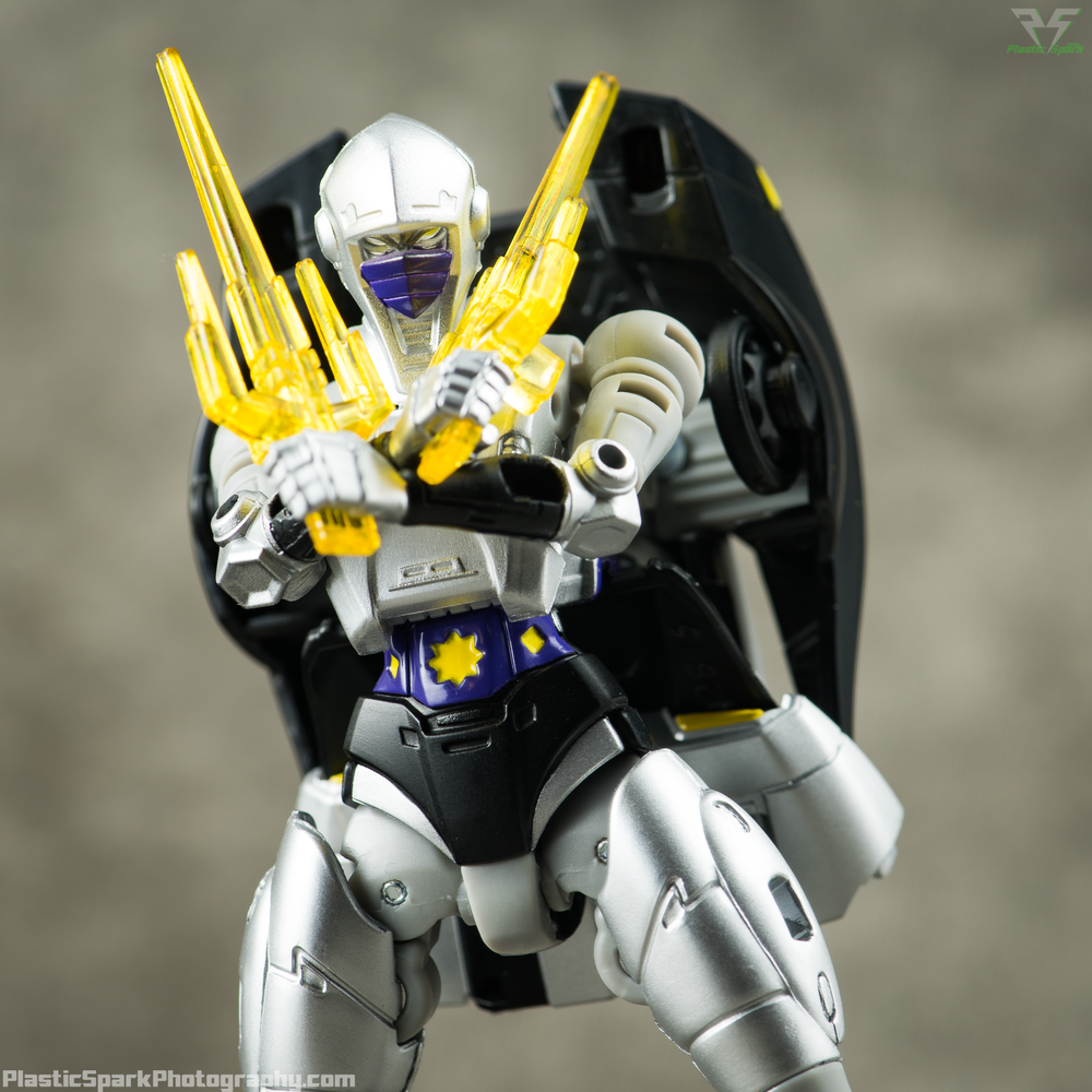 Takara-LG15-Nightbird-Shadow-(7-of-11).png