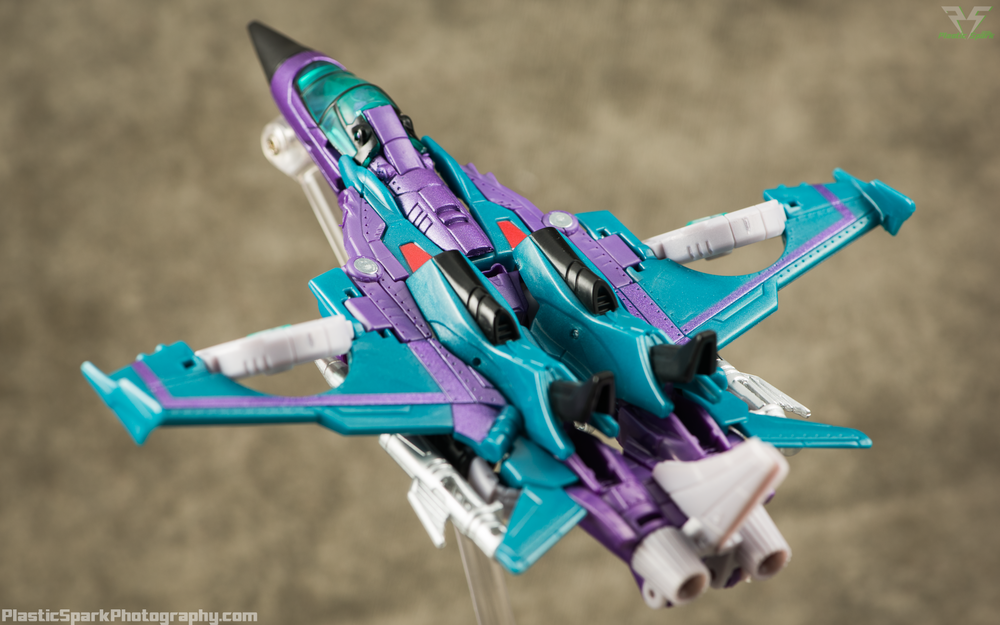 Takara-LG16-Slipstream-(3-of-12).png
