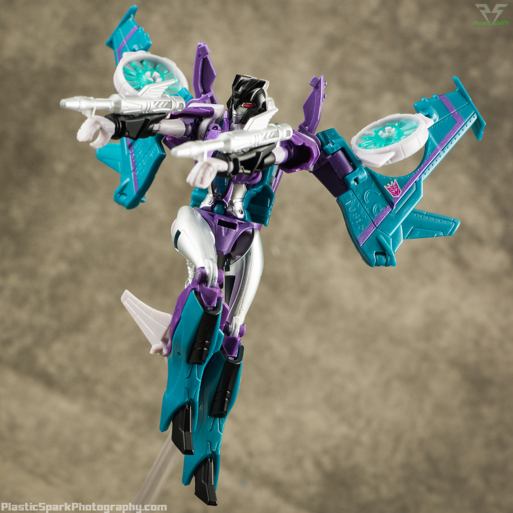 Takara-LG16-Slipstream-(4-of-12).png