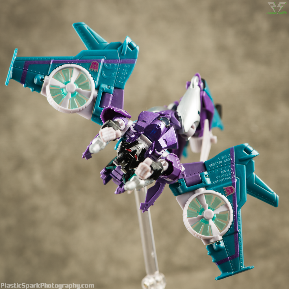 Takara-LG16-Slipstream-(6-of-12).png