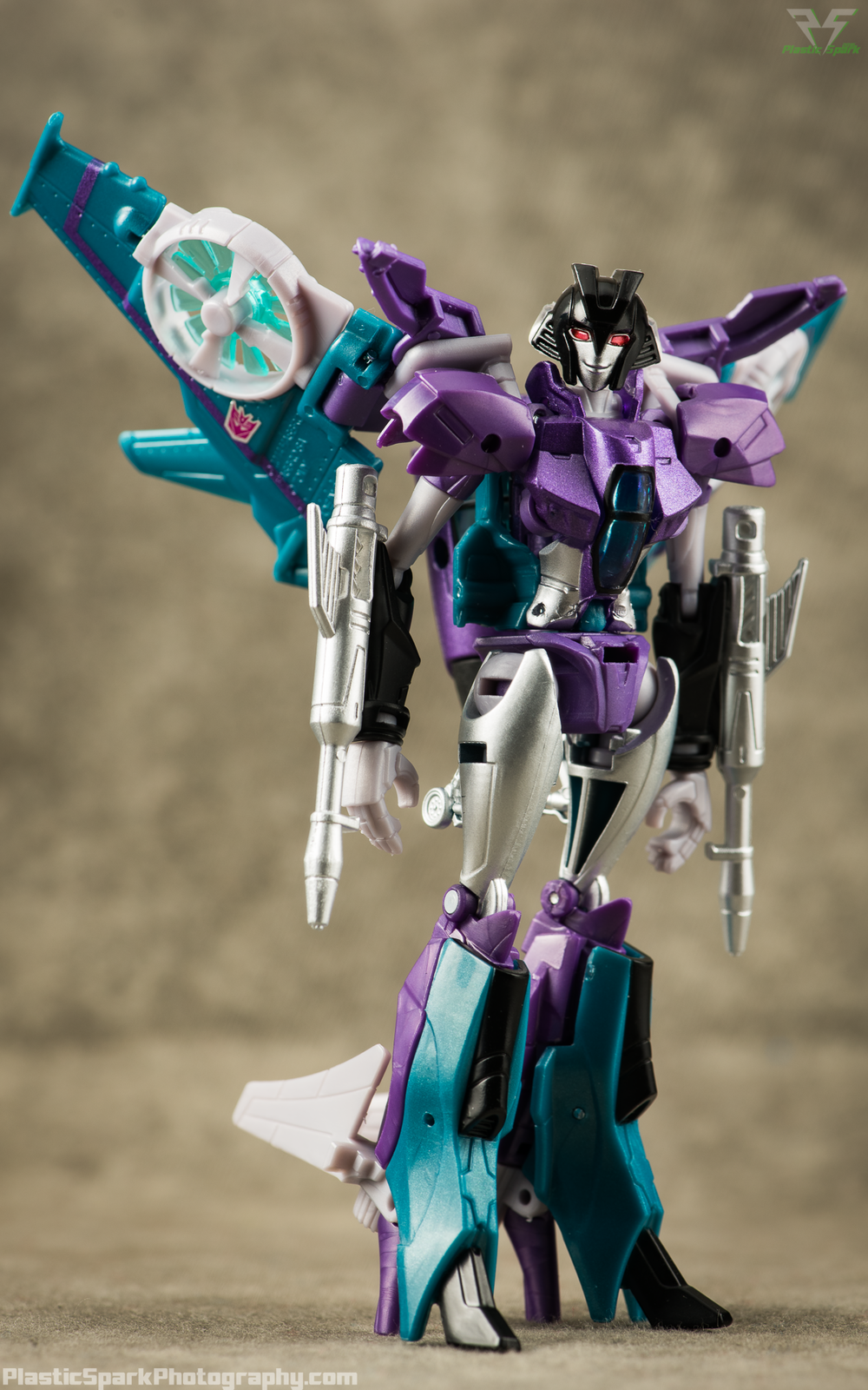 Takara-LG16-Slipstream-(8-of-12).png