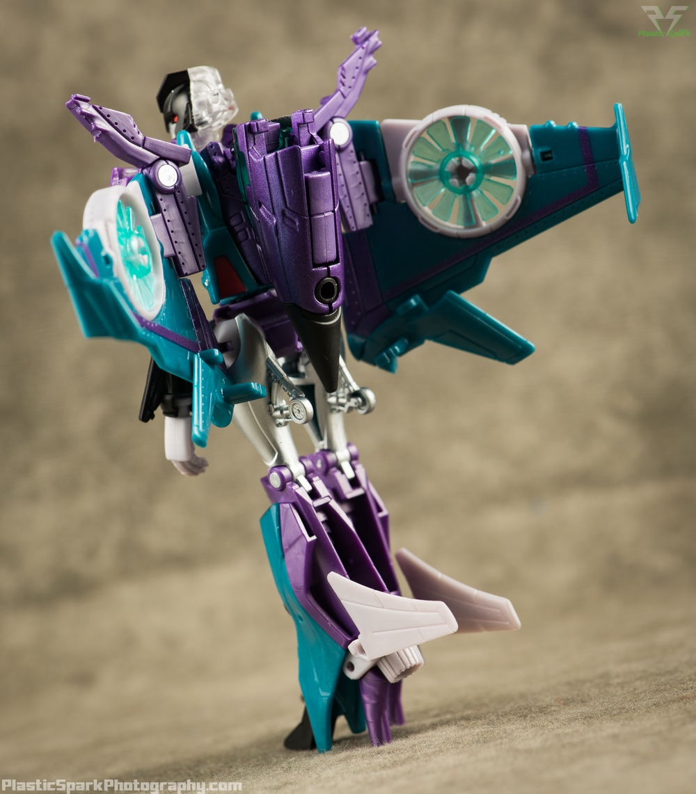 Takara-LG16-Slipstream-(9-of-12).png