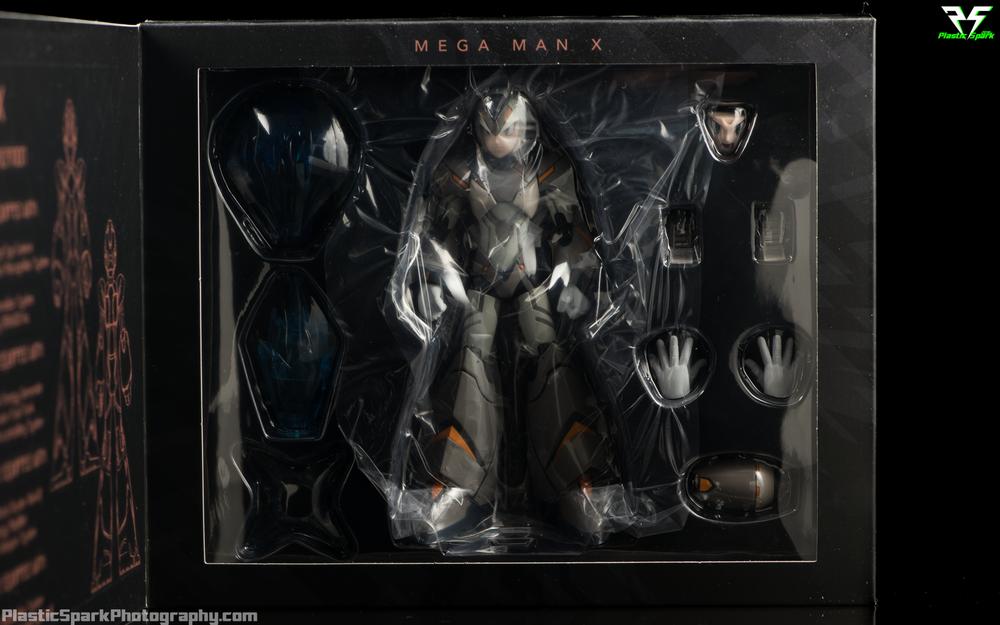 Truforce-Megaman-X-Kickstarter-Variant-Packaging-(5-of-6).png