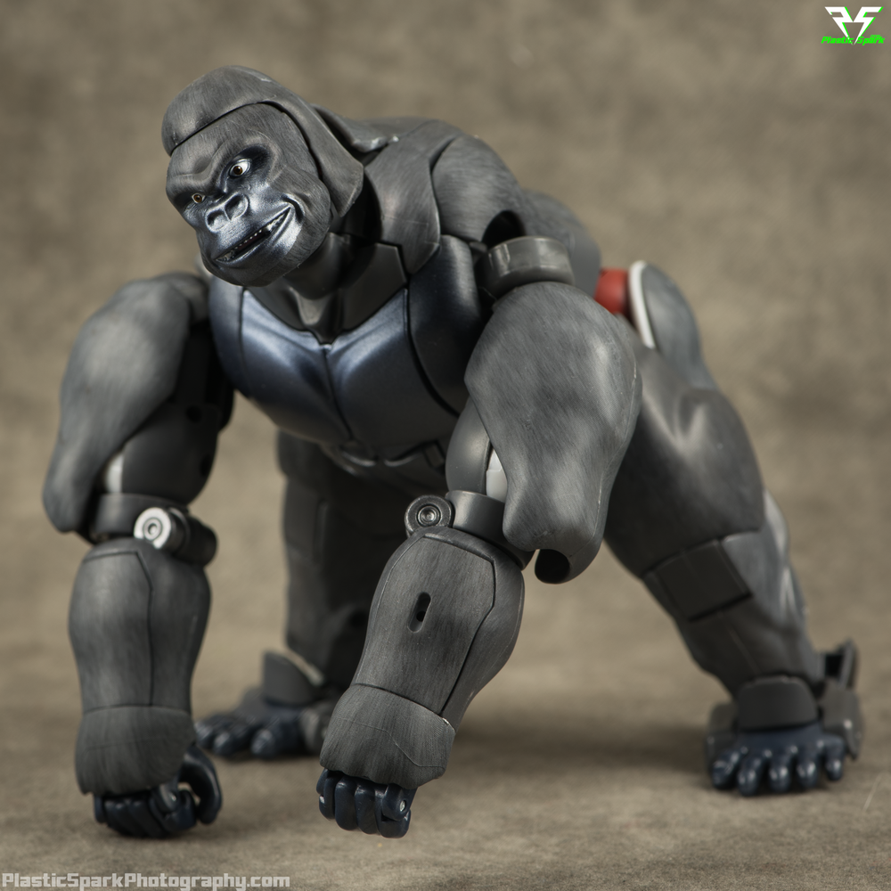 Masterpiece-MP32-Convoy-(Beast-Wars)-(6-of-37).png