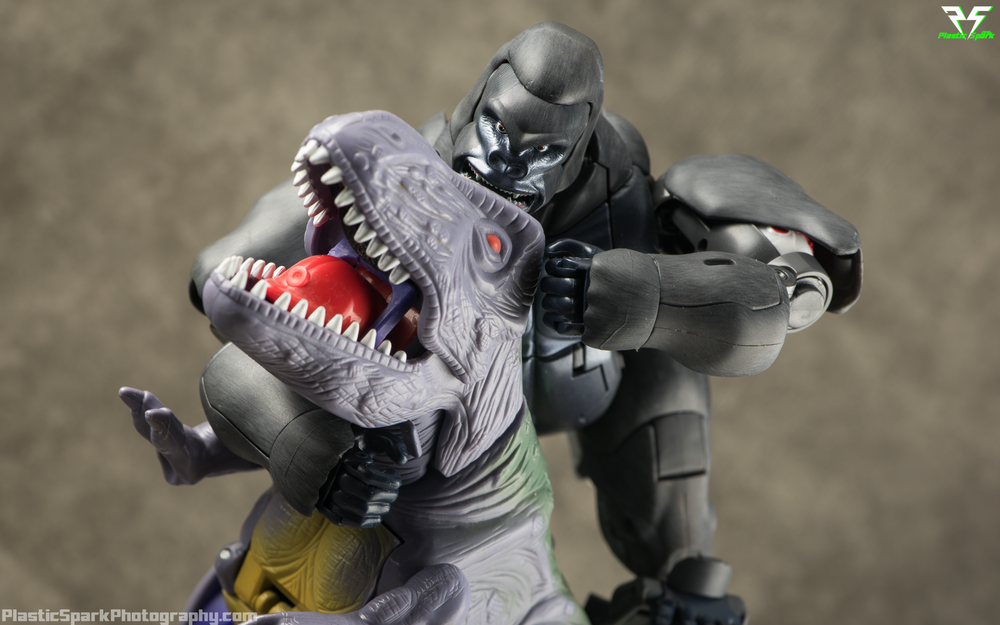 Masterpiece-MP32-Convoy-(Beast-Wars)-(11-of-37).png