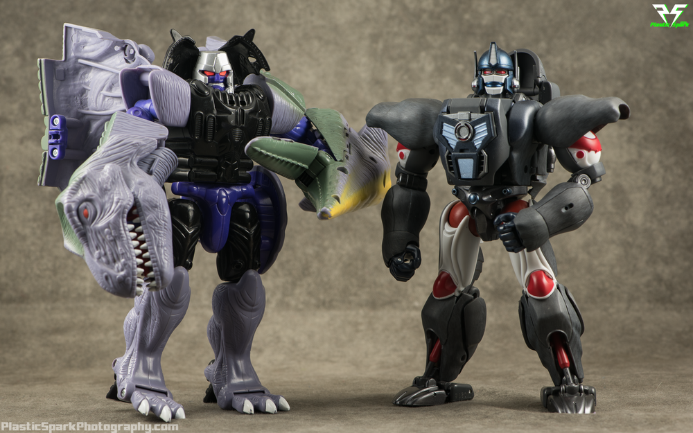 Masterpiece-MP32-Convoy-(Beast-Wars)-(15-of-37).png