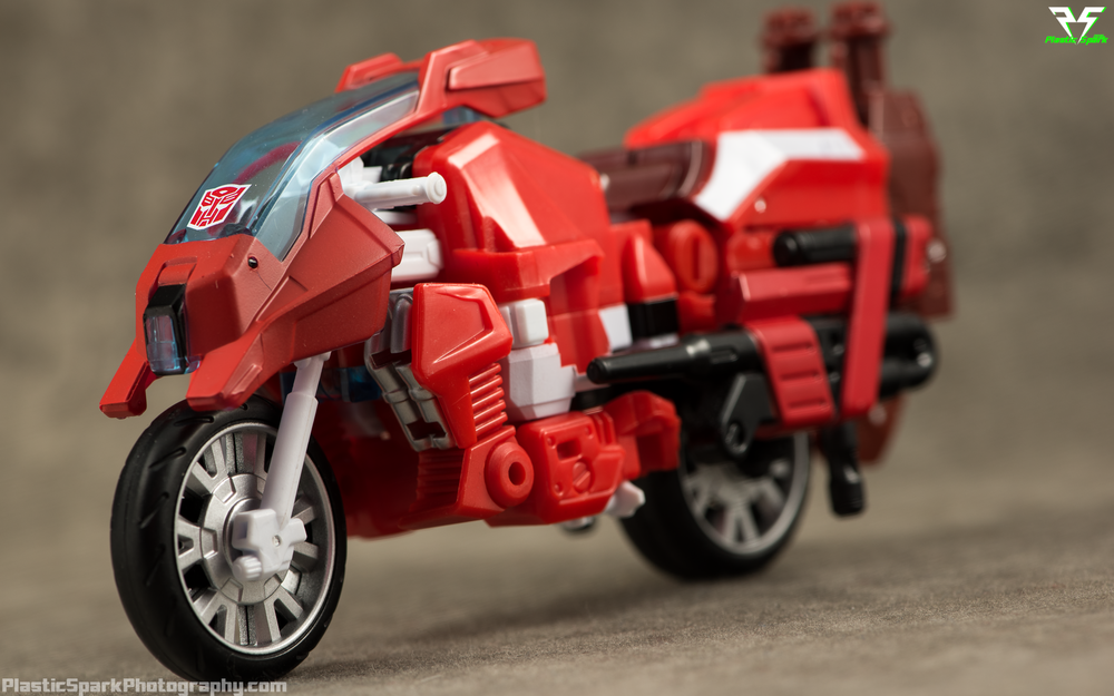 Unite-Warriors-Computron-(8-of-40).png
