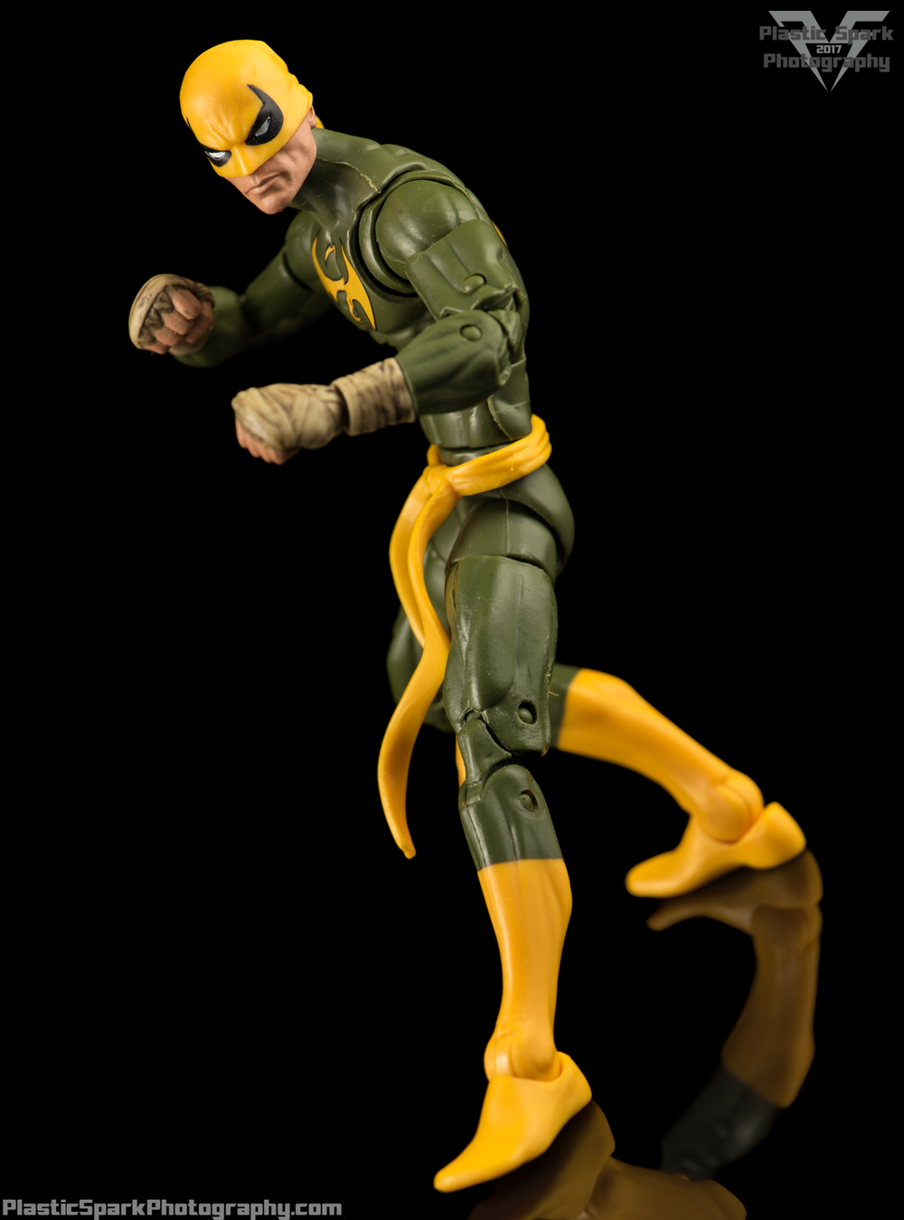 Marvel-Legends-Ironfist-(1-of-5).png