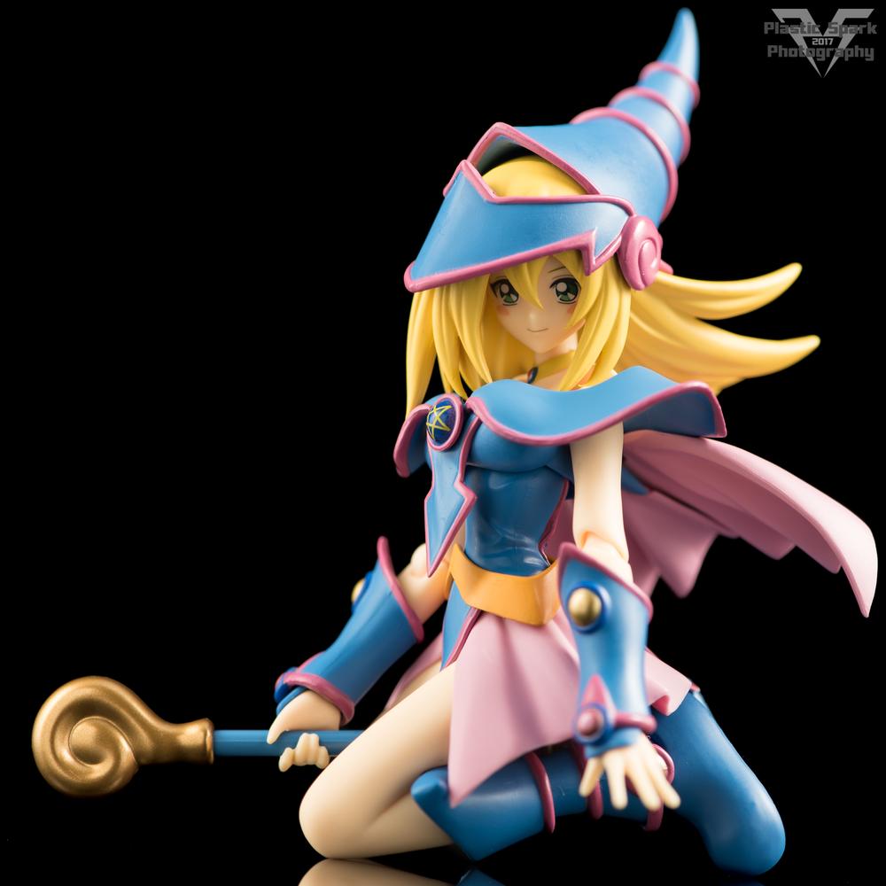 Figma-Dark-Magician-Girl-(15-of-17).png