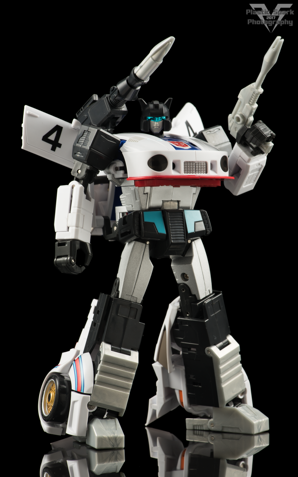 MakeToys-Re-Master-MTRM-09-Downbeat--(2-of-42).png